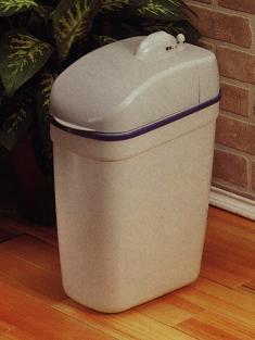 Hi-tech sensitive trash can (Привет-Tech чувствительны мусорное ведро)