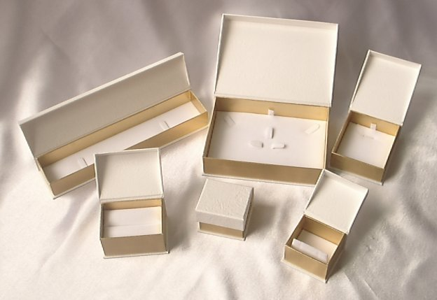 Paper Box For Jewelry (Paper Box für Schmuck)