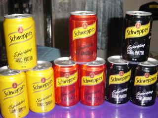 Schweppes Soda in Cans / Bottles (Schweppes Soda en boîte / Bouteilles)