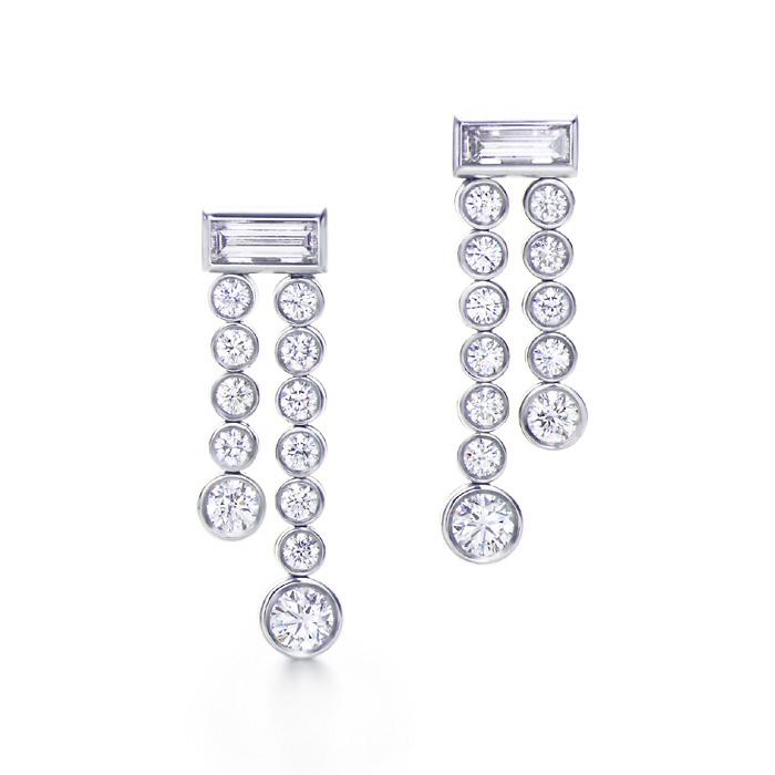 Cz Silver Earring (Cz Silver Earring)