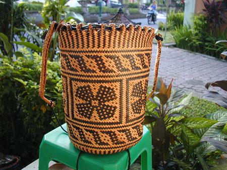 Primitive Bags (Примитивный сумки)
