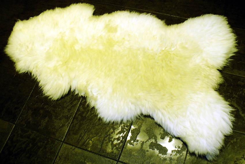 Sheep, Reindeer Skins (Овцы, оленьи шкуры)