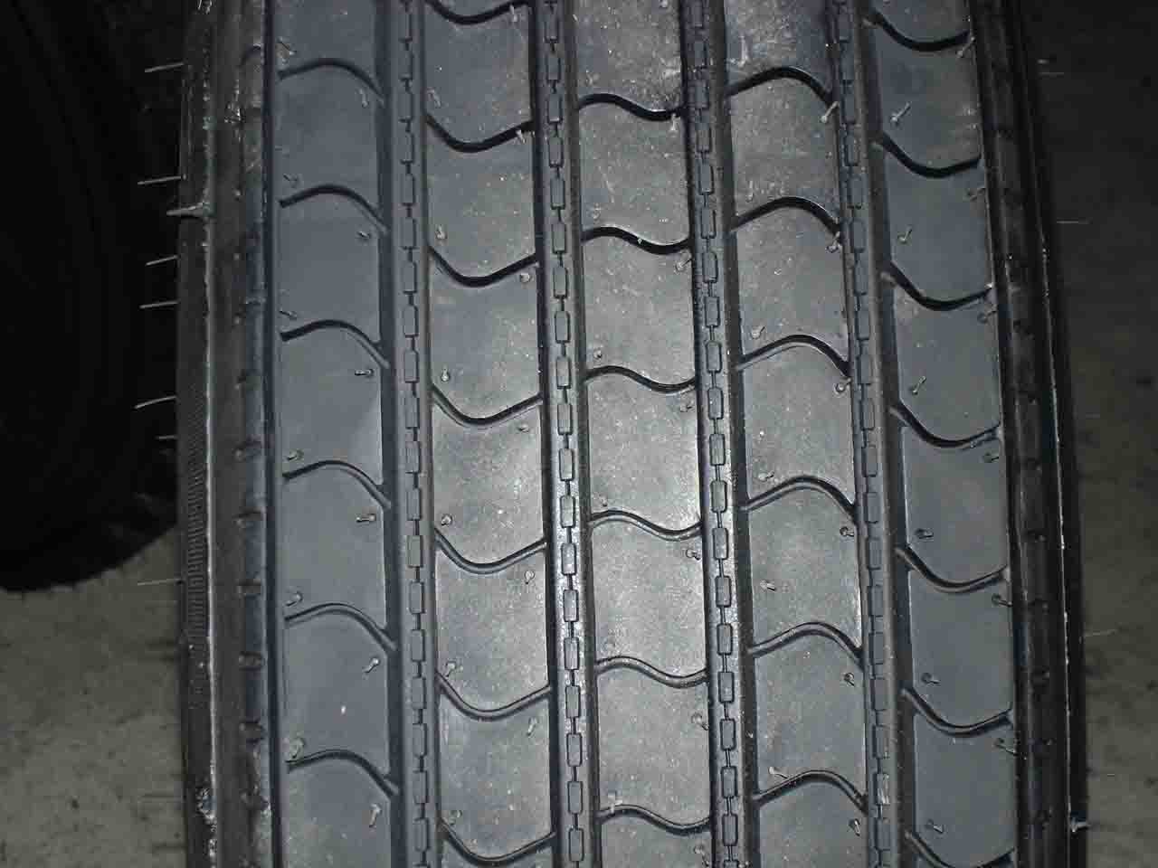 Radial Truck Tire ( Radial Truck Tire)