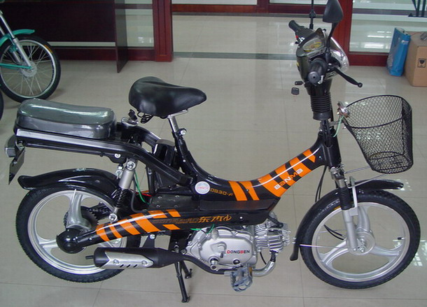 Gas Bicycle (Газ велосипедов)