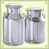 S.S. Milk Cans (Банки С. С. молоко)