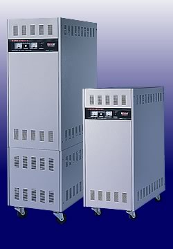 Line Conditioner / Voltage Regulator / Stabilizer (Line Conditioner / Voltage Regulator / stabilisateur)