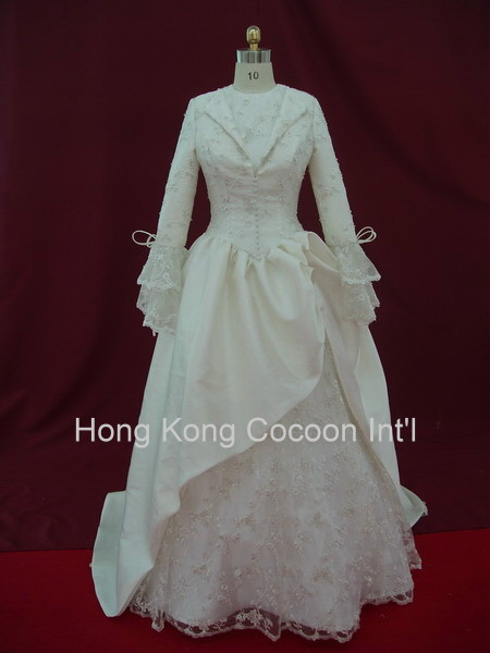 Long Sleeve High Neck Wedding Gown Long Sleeve High Neck Wedding Gown