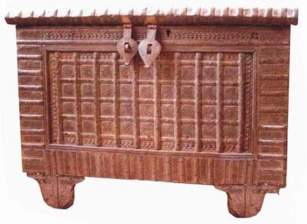 Antique Trunks (Античный Шины)