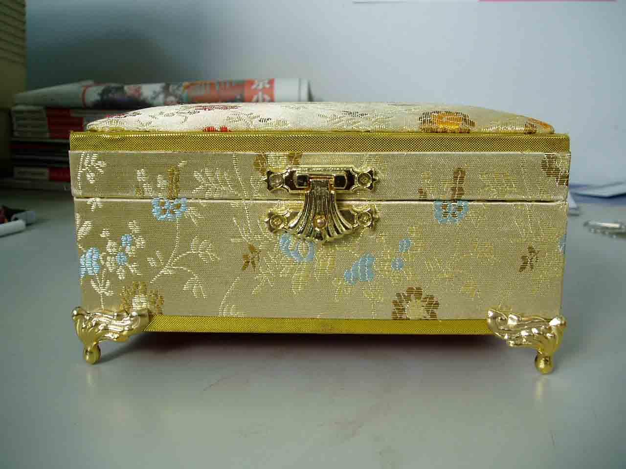 Jewelry Box (Boîte à bijoux)