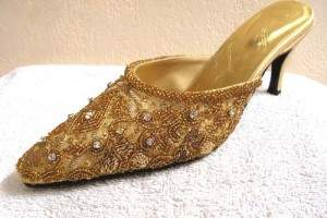6728d73c5337a Punjabi Juti Mojri Khussa Indian Beaded Shoes