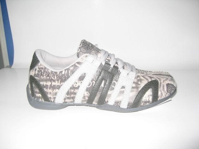 8040 Sport Shoes (8040 Sport Shoes)