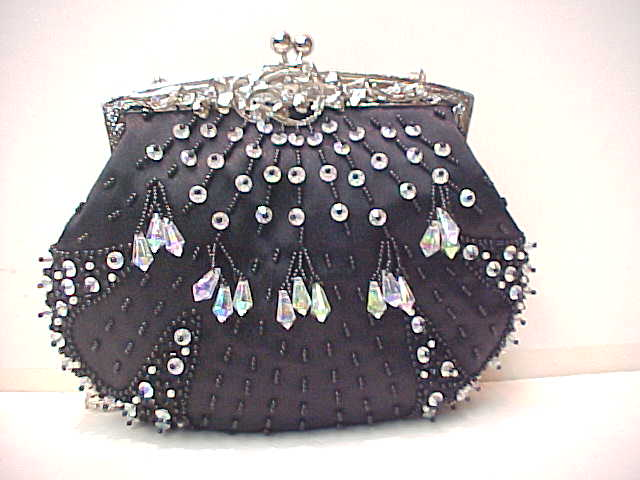 Сумки из бисера.  Satin ladies handbag, beaded handbag, party handbag.