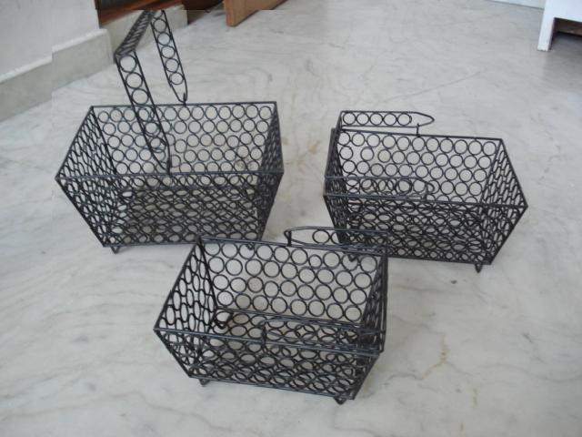 Wrought Iron Basket (Eisen Basket)