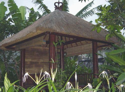 Eco-Wooden Gazebo (Eco-Holzpavillon)