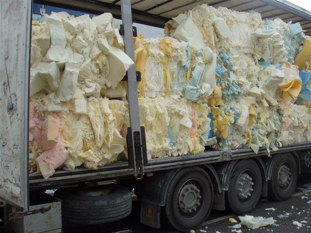 Foam Scrap (Пена металлолом)