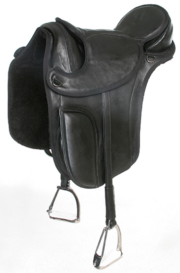 Treeless Dressage Saddle