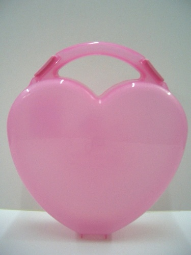 Heart Shape Case (Affaire en forme de coeur)