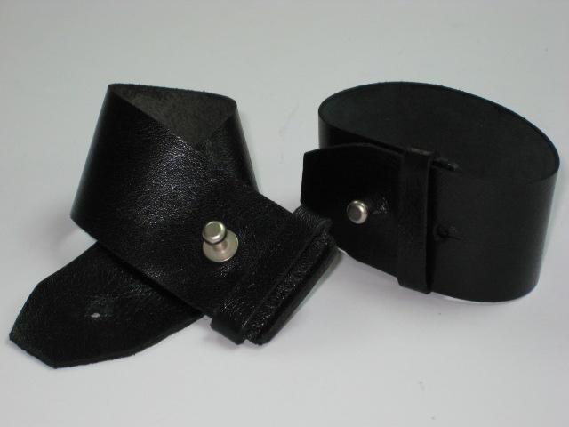 Leather Bracelet (Кожа браслет)