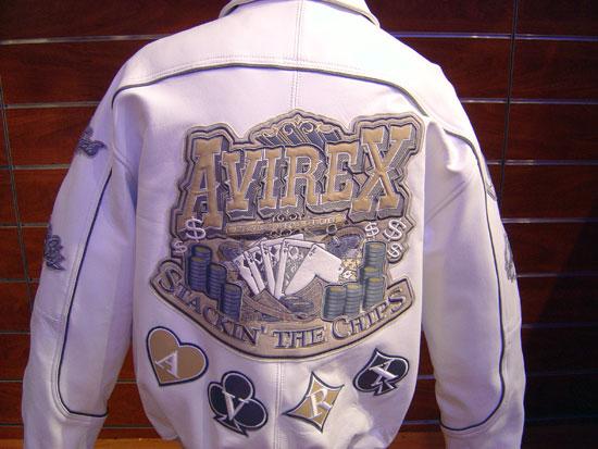 Jackets (Куртки)
