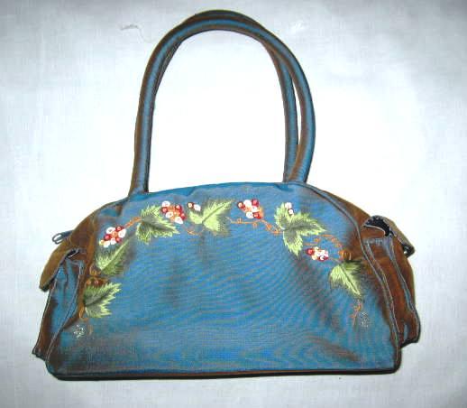 Vietnam Embroidery Handbag (Вьетнам Вышивка Сумочка)