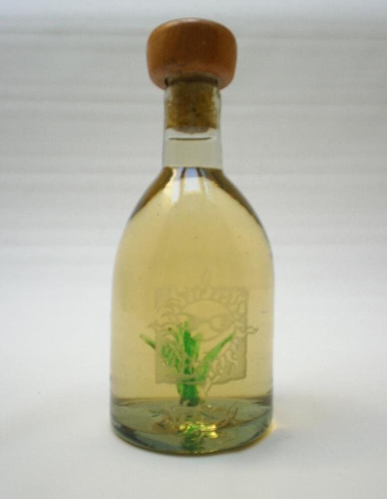 Tequila And Mexican Liquors, 700ml To 5 Liter Bottle (Мексиканская текила и ликероводочных изделий, 700ml Для 5-литровая бутылка)