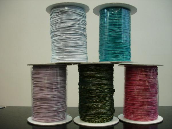 Iridescent Elastic Thread (Радужная упругой нити)