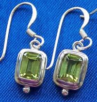 Silver Earring, (Silver Earring,)