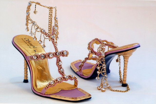 Sandals (Сандалии)