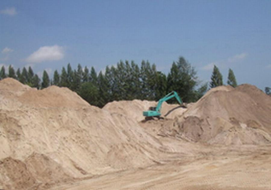 Silica Sand / Quartz In Big Volume