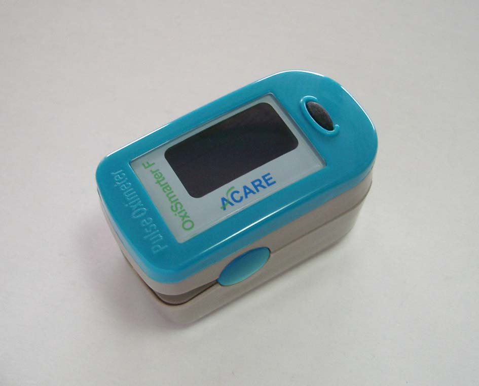 Finger Type Pulse Oximeter (Finger Type Oxymètre)