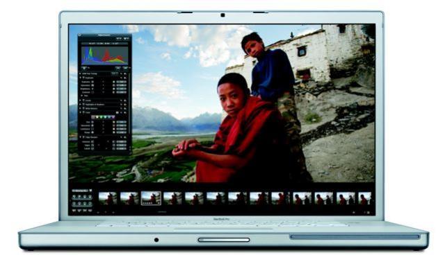 Macbook Pro 15. 4-Inch 2. 33ghz Laptop (MacBook Pro 15. 4-Zoll-2. 33GHz Laptop)