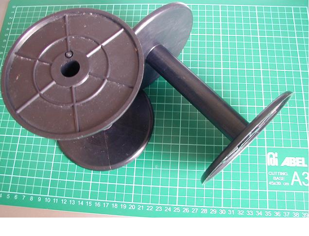 Plastic Bobbin / Spool (Пластиковые коклюшка / катушка)