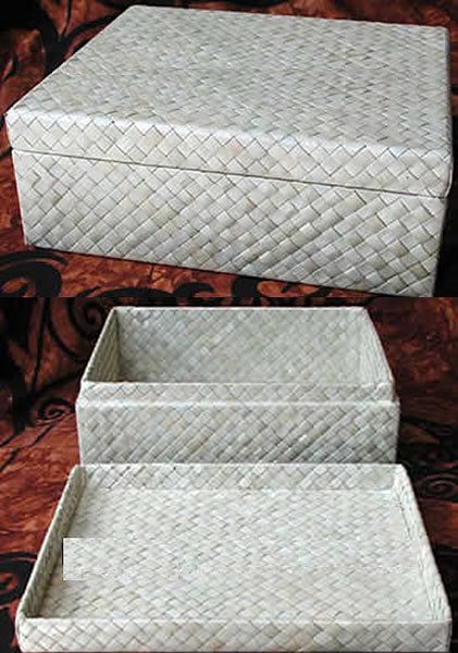 Pandanus And Straw Fibers Gift Boxes From Indonesia