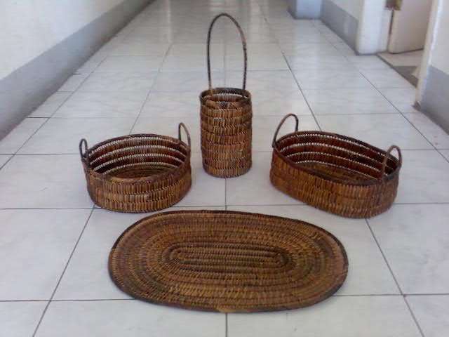 Nito Fruit Basket (Nito Fruit Basket)