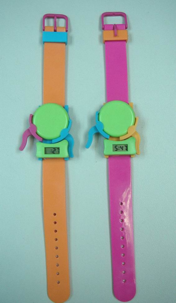 Frisbee watch (Смотреть Фрисби)