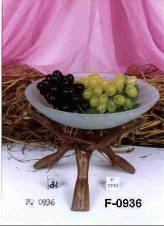 Wooden Stand With Glass Fruit Bowl (Holz-Stand mit Glas Obstschale)