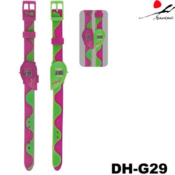 Digital Watch (Цифровые часы)