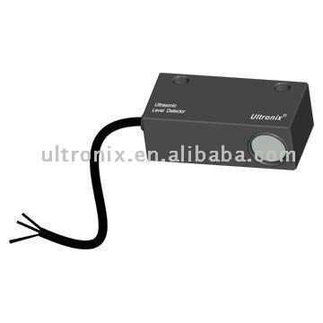 Ultrasonic Level Detector (Уровень ультразвукового детектора)