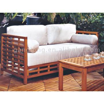Sofa and Coffee Table (Диван и журнальный столик)
