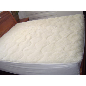 Wool Bedspread (Шерсть Покрывало)