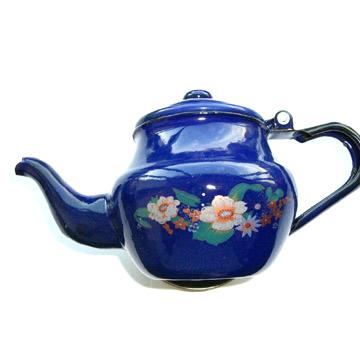 Porcelain Enamel Teapot