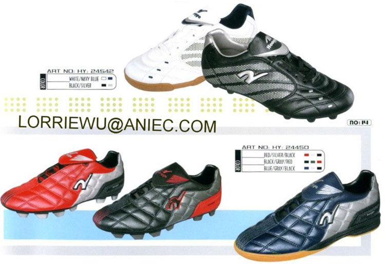 Sports Shoes ()