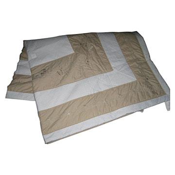 Embroidered Quilted Bedding (Вышитый Постельные принадлежности стеганые)