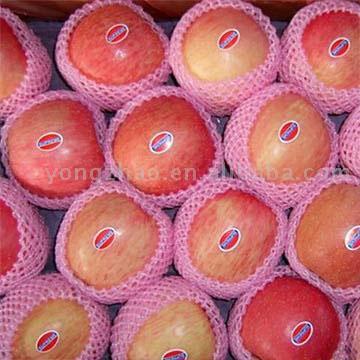 Red Fuji Apples (Красная Фудзи яблоки)