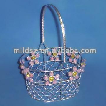 Beaded Wire Basket (Бисерные проволочную корзину) .