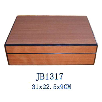 Wooden Jewelry Box (Деревянный Jewelry Box)