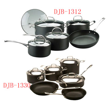 Hard Anodized Aluminum Cookware (Жесткий анодированного алюминия посуда)
