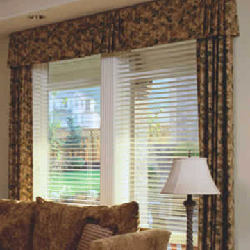 Horizontal Vinyl Blind (Horizontal Vinyl Blind)