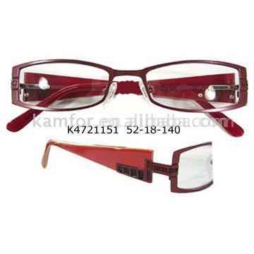 Optical Metal Glasses