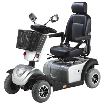 Amazon.com: Go-Go Elite Traveller Plus 3-Wheel Mobility Scooter